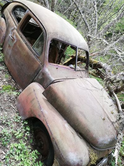 The Mobile Photographer - 2019 EyeEm Awards Crash Rotting Reminder Destruction Scrap Metal Rusty Bad Condition Old Ruin Car Abandoned Ruined Worn Out Wreck