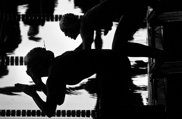 Start 100m freestyle women Black And White Overlighting Sport Start Swimm Swimmers Water