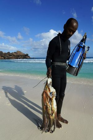 Trip ToSeychelles Seychelles Indianocean Zourite Poulpe Fisherman