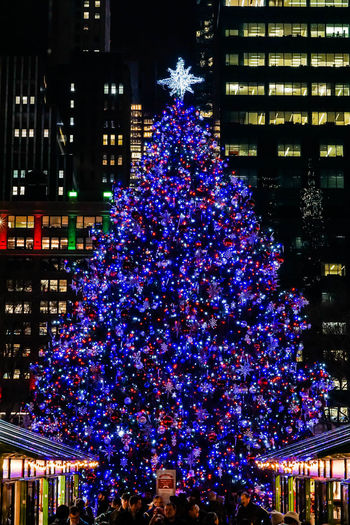 Night time in NYC with a little cheer. Bryant Park  Bryant Park NYC Celebration Christmas Christmas Decoration Christmas Lights Christmas Tree Illuminated Midnight New York Night Nightphotography NYC NYC Parks Outdoors Winter Village Winter Village Bryant Park
