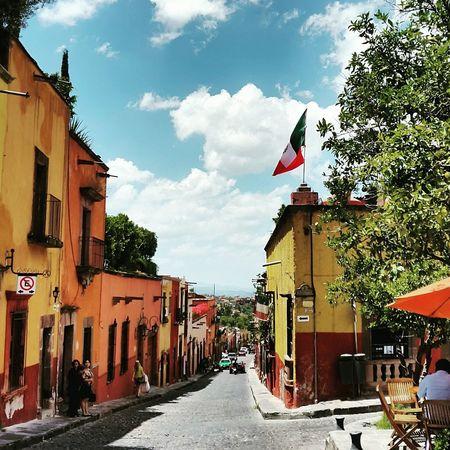 EyeEm Mexican Culture Mexico San Miguel De Allende Perspective Color Magicplace Viva Mexico Turisteando Streetphotography