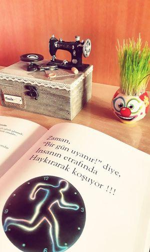kitapsızasla Kitap Küçükşeyyoktur Sıkıntıdan Fotografheryerde First Eyeem Photo