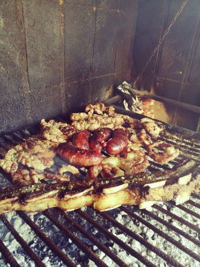 No People Asadito ❤️✌🏾👍🏾 Asado Argentino Carne Família Family❤ Molleja Chinchulin High Angle View Day Close-up Indoors  Food Fungus Nature Freshness