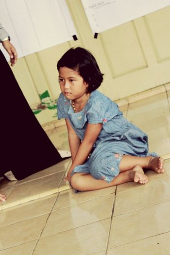 She's Ica First Eyeem Photo Save Street Child Palembang INDONESIA We Care To Share Peace Silent Moment Beautiful Children Kids Girl