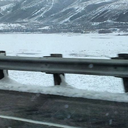 Believeitornot everything you see on the other side of the guardrail is the Snakeriver all the way to the Treeline .... SuperCold  winterdrive EasternOregon PNW UpperLeftUSA NaturalBeauty Starboy Moonchild