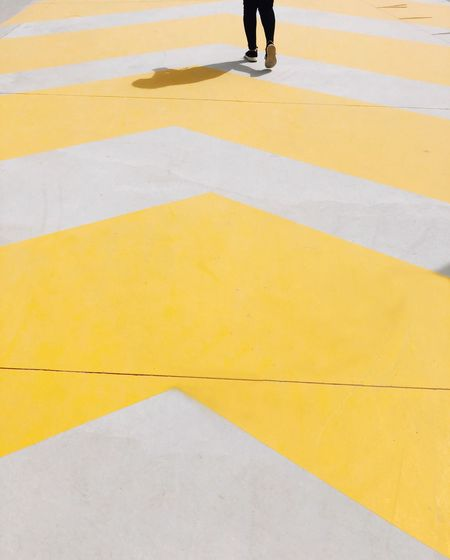 Walk this way Minimalism Minimal Low Section Human Leg Real People One Person Walking Men Yellow The Street Photographer - 2018 EyeEm Awards The Week On EyeEm Editor's Picks