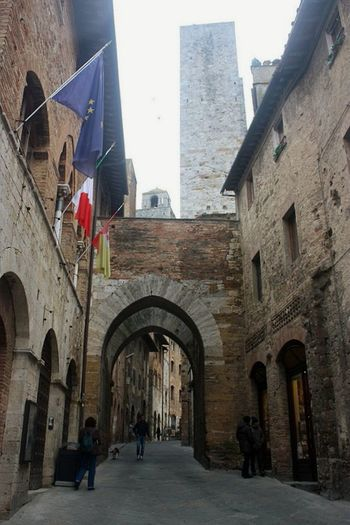 Sangimignano San Gimignano Medieval Architecture MedievalTown Medieval City Medieval Italianvillas Italianvilage Italiantown Oldtown
