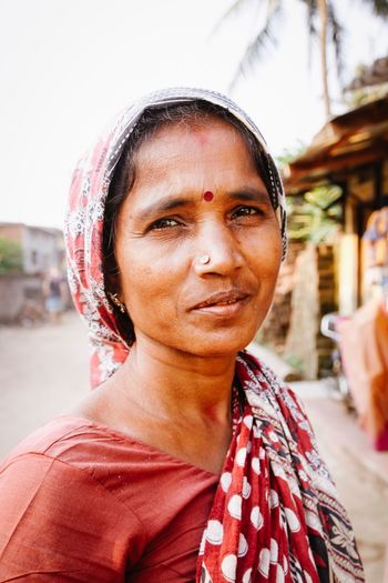 Women Around The World India Portrait Looking At Camera Women ASIA Cultures Check This Out Incredibleindia VSCO Eye4photography  The Week Of Eyeem EyeEm Best Shots Travel Photography Documentary Journey Colorful Colours Vscocam