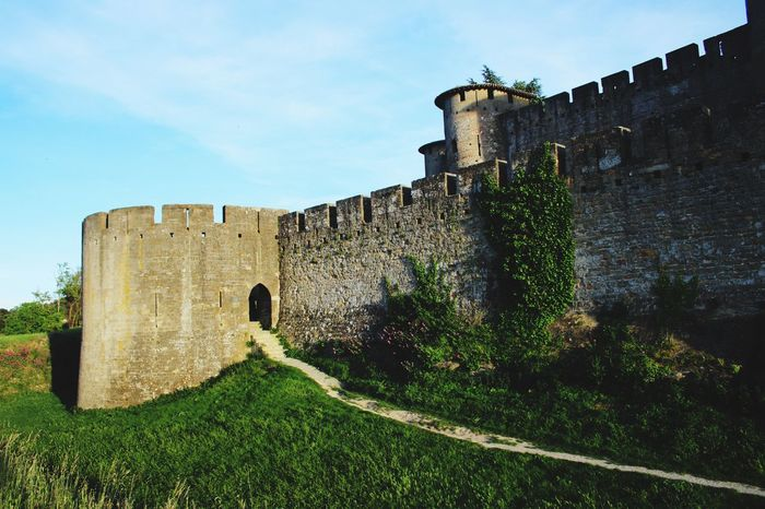 Architecture Built Structure History Castle Building Exterior Fort Old The Past Day Old Ruin Medieval Ancient Outdoors No People Low Angle View Travel Destinations Sky Cloud - Sky Tree Ancient Civilization Carcassone, France Castles Castle