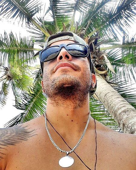 """Que te llamen y digan """"leo vamonos a la playa"""" no tiene precio. Playa Maracay Bahiadecata Ocumare Costadeoro"""