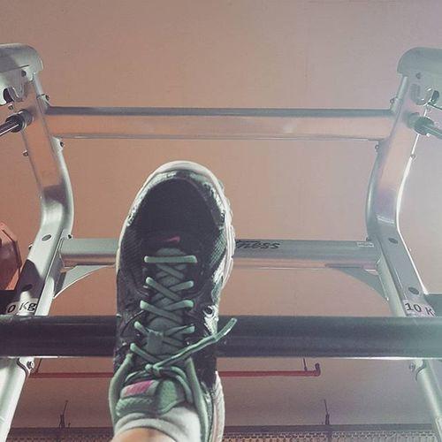 Storage. 🚩 Pre Halfmarathon state of mind. Mutipower Gym Squats