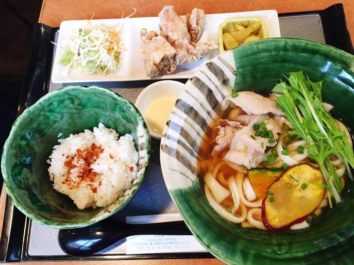 肉野菜うどん頼んだら、色々付いてきた。^^; Noodles Food Lunch Udon Udon Noodles