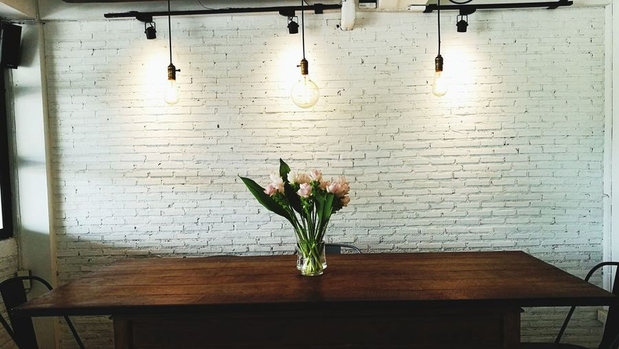 Indoors  Home Interior Table Flower Day No People Vase Domestic Room Home Showcase Interior Architecture Cafe Plant Chiangmai,Thailand