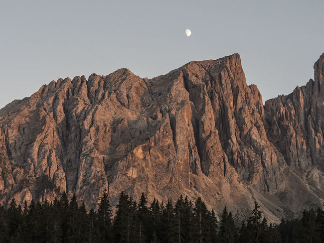 Mountain Hiking Terracotta Red Colors Warm Moon Nature Landscape Dawn Tyrol Dolomites Karersee