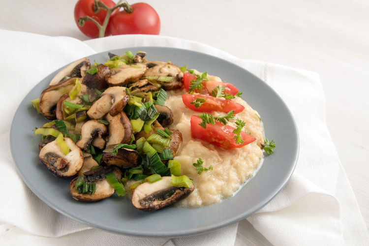 Cooking Copy Space Diet Homemade Leek Puree Vegetarian Food Champignon Food Food And Drink Freshness Healthy Eating Low Carb Mash Mushroom Napkin Parsnip Plate Ready-to-eat Roasted Serving Size Table Tomatoes Vegetable White