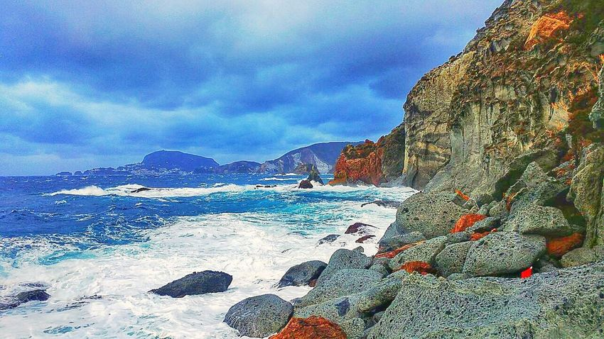 Sea Sky Scenics Rock - Object Mountain Nature Tranquility Beauty In Nature Tranquil Scene Outdoors Day Beach No People Water Italy Ponza Adapted To The City