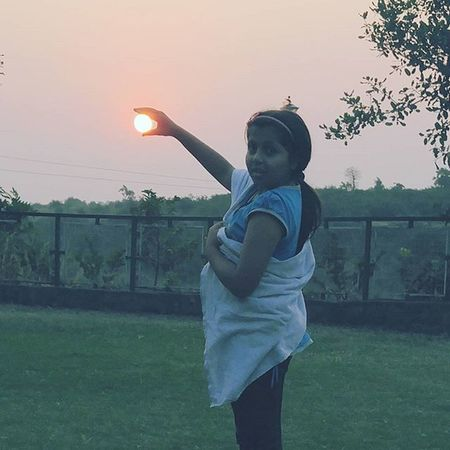 Perfect Catch Sunrise Mobilephotography Igers Mandu Indorediaries Instapic Instaclick Daughter Poser LGG4 Manualmode