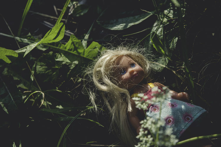 Blonde Creepy Day Doll Grass Hair Hidden Lost Nature Plant Selective Focus Tranquility