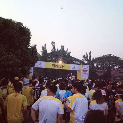 5.30 am, Ready to RunforRiver'15, UI. 5K People By ITag Running By ITag View By ITag