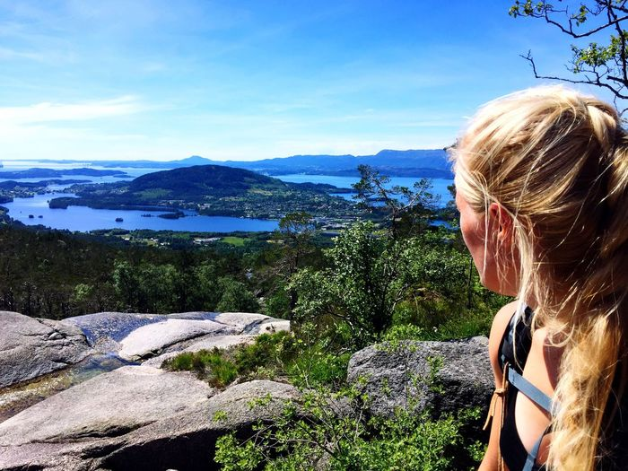 The view😍 Mountain Real People Scenics Nature One Person Blond Hair Leisure Activity Beauty In Nature Day Rock - Object Rear View Outdoors Mountain Range Sky Lifestyles Cliff Tree Landscape Tranquil Scene Tranquility Beauty In Nature Norway