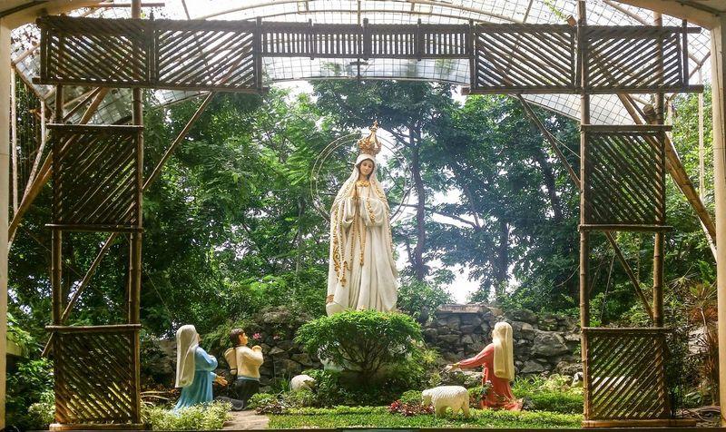 Our Lady Of Fatima Fátima Mama Mary FatimaPortugal Praise Worship Rosary