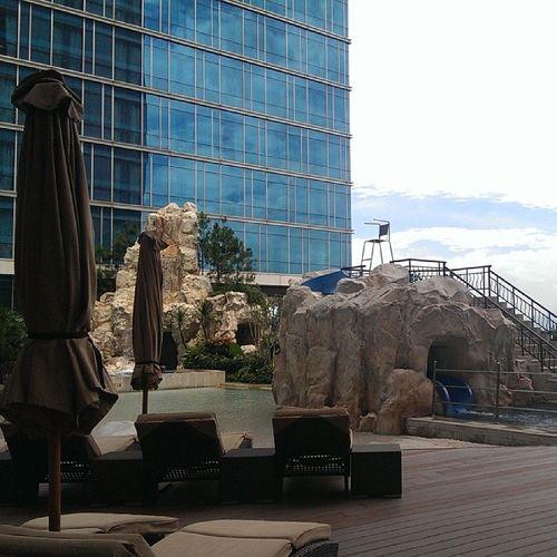 House pool Travel HTCButterflyS Bandung