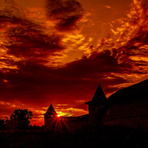 Atmosphere Atmospheric Mood Cloud Cloud - Sky Cloudscape Cloudy Dramatic Sky Dusk Glowing Light Majestic Moody Sky Orange Color Outdoors Overcast Russia россия Silhouette Sky Spirituality Storm Cloud Sunset Suzdal