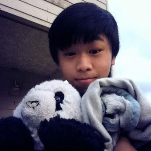 I'm cute ehh?! Asian  Asianboy Asianguy Asianeyes Asianhair Asianlife Asianstar Asianswag Asiancutie Asianpride Asianstyle School Sistertookthepicture Hmong Hmoob Hmongboy Hmonglife Hmongpride Hmong_cuties Hmoobthoj Hmoobpride Cute KAWAII LOL AHA follow umm panda blanket