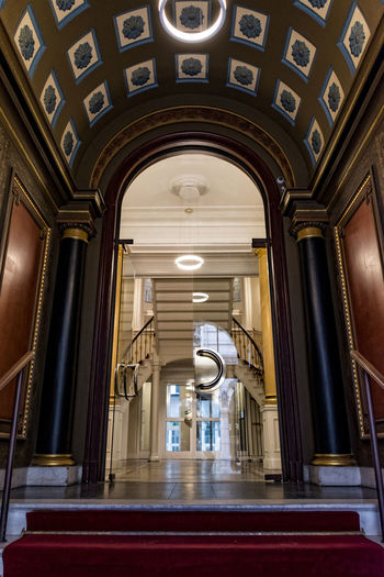 entry Arch Collonaden Day Glass Doors Hamburg Centrum Hamburg City Indoors  No People Old Buildings Red Carpet Stairs