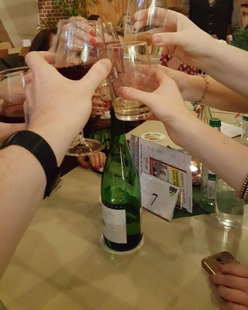 Friends come together to take a drink and unite Enjoy The New Normal Celebration Moment Community Friendship Glass Come Together Human Hand Human Body Part Celebratory Toast Cheers 🍻 Party - Social Event The Small Things Capture Nofilter Drinking Friends Gesture Feeling Happy Drinking Glass Refreshment People