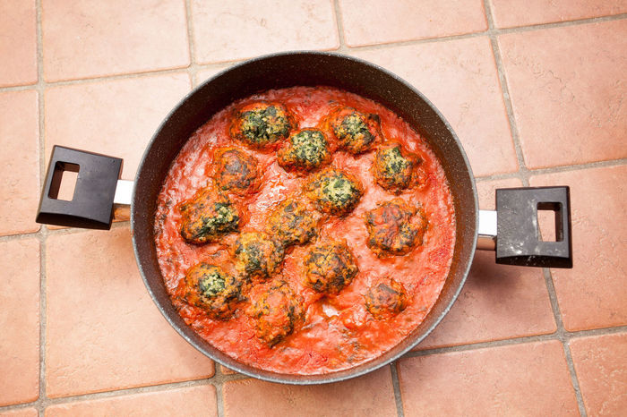 Millet meatballs, vegan food Still Life Awards Tomato Sauce Close-up Cooking Pan Directly Above Food Food And Drink High Angle View Indoors  Kitchen Utensil Meat Millet Meatballs No People Spinach Still Life Vegan Vegan Food Vegetable The Still Life Photographer - 2018 EyeEm Awards
