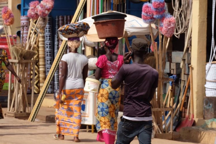 Street Gambia  Street Everyday Life Colour Of Life Colourful EyeEmNewHere The Street Photographer - 2017 EyeEm Awards Neighborhood Map
