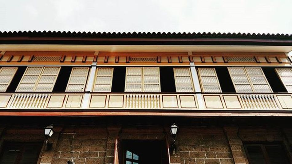 """""""Casa Manila is a museum in Intramuros depicting colonial lifestyle during Spanish colonisation of the Philippines."""" -Wikipedia Casa Manila Spanish Architecture Philippines Spanish Architecture Intramuros Manila Walled City"""