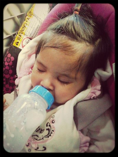 khloe fell asleep on the way to the mall