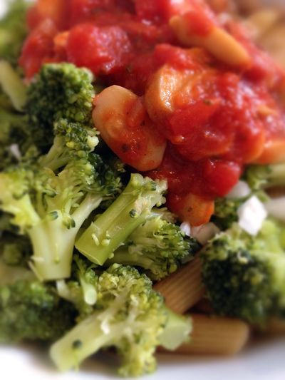 Fresh Food Vegan Food Vegetables Broccoli Noodles Tomato Sauce Champignons Healthy Eating