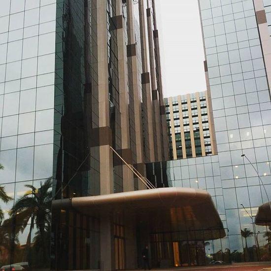 Da série: prédios da Barra que me encantam. BarraRJ Riodejaneiro Office Urban Modern