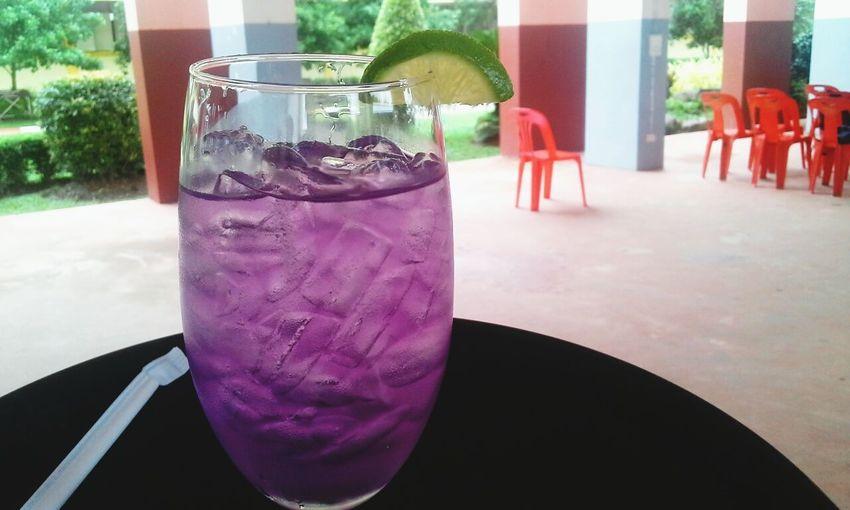 เป็นแก้ว