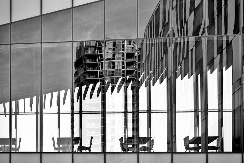 The Still Life Photographer - 2018 EyeEm Awards The Architect - 2018 EyeEm Awards Glass Reflection Glass Through The Window Simplicity Window Reflections Windows Reflections Reflection Architectural Feature Architectural Detail Architecture Built Structure Building Exterior Building Glass - Material Reflection Sky Window City Transparent Modern