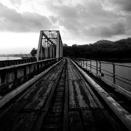 Bridge BridgeCrossing Panamá Travels Tour OnOurWay Blackandwhite Photography Centralamerica Travel Gamboarainforest