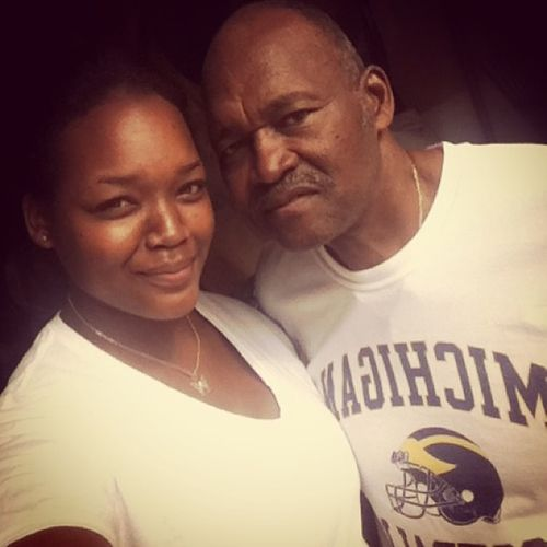 Heading back to Michigan this morning, love this man right here! && Yea he's wearin a Michigan football shirt Mydaddy Mytwin My ❤ Throughthick &thin hislittlegirlalways