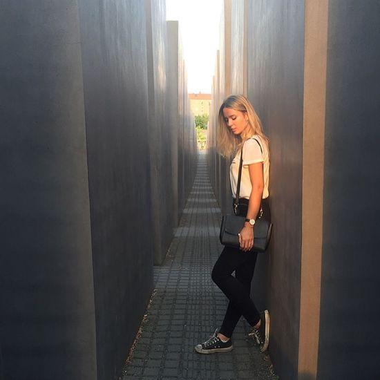 Taking Photos Good Times Enjoying Life Traveling Berlin Shooting ThatsMe Blonde Girl 👽