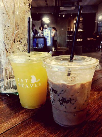 ร้านกาแฟที่ดีที่สุดในย่าน ซ.ลือชา Fat Beaver Coffee First Eyeem Photo