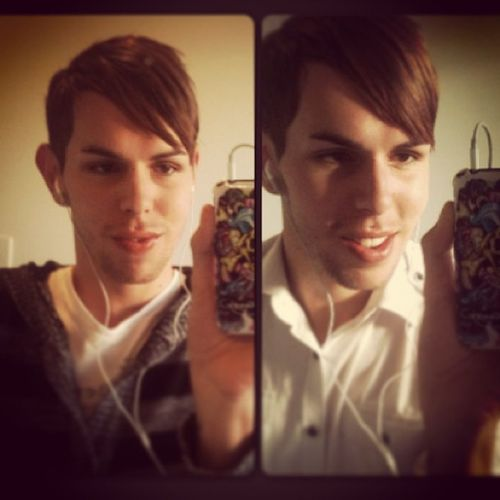 Getting ready for work, takes sum selfies to make it Fun ! Instagay Gayguy Gay Homo  Work Selfies Morning Aussieboy Aussie Phagg Camp Hair