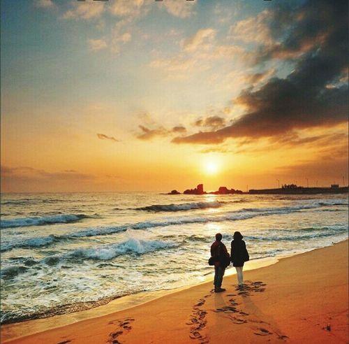 Efeito Beach Hello World @gbriel_mrq Likes Goodnight Oh My God! Love Happy lindo dia , a captura de uma foto que mostra um pouco dos Sentiments é lindo!!!