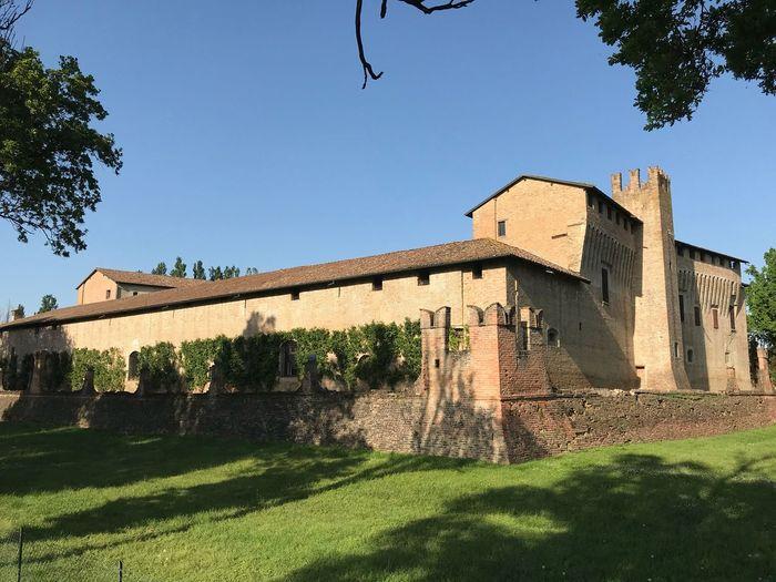 Castello di Maccastorna Architecture Building Exterior Built Structure Sky Plant Building Nature
