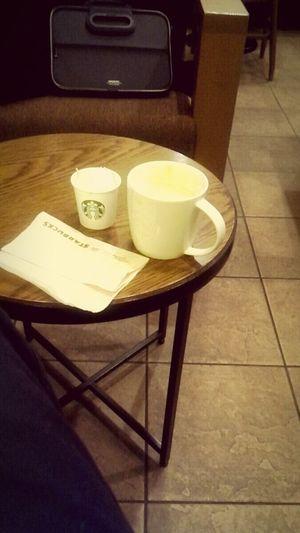 久しぶりにスタバ。 Relaxing @holiday Starbucks Coffee Time Waiting For My Friend