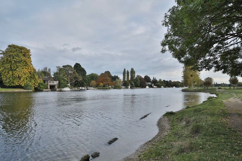 Cookham Reach Riverthames Cookham Autumn