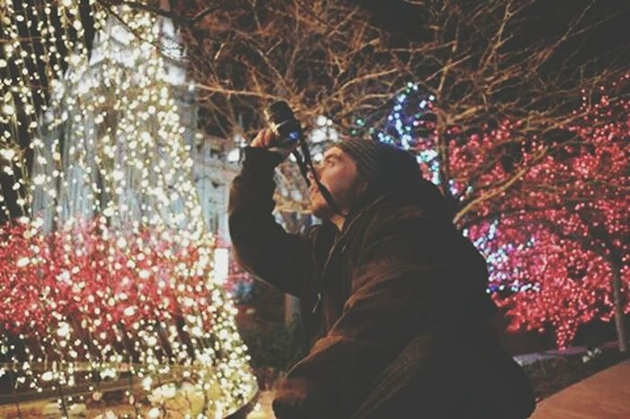 A picture of my babe taking a picture Eye4photgraphy Temple Square Christmas Lights Saltlakecity