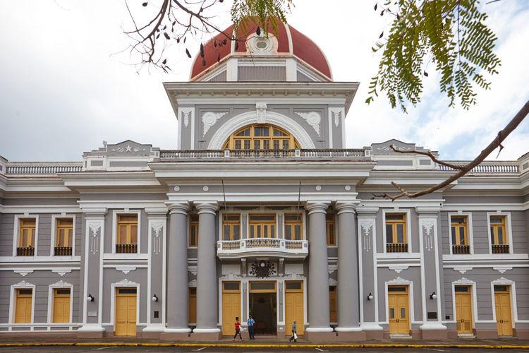 Palacio del Gobierno Architectural Column Architecture Building Exterior Built Structure Cienfuegos, Cuba City Day Façade No People Outdoors Palacio Del Gobierno Sky Tree
