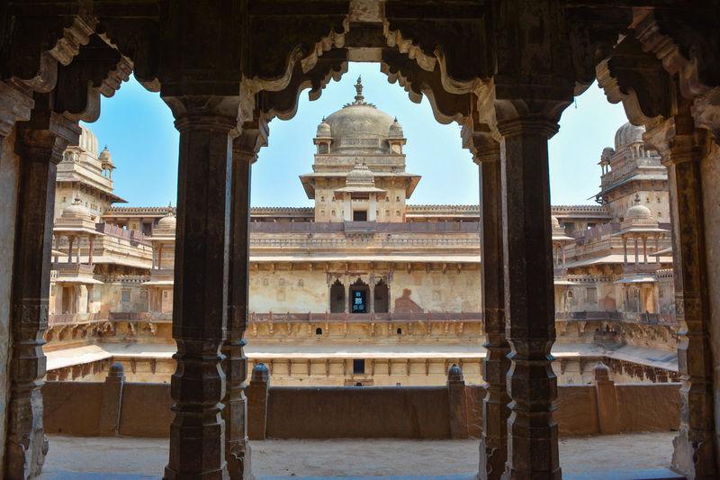 Jahangir mahal in orchha, madhya pradesh, india.